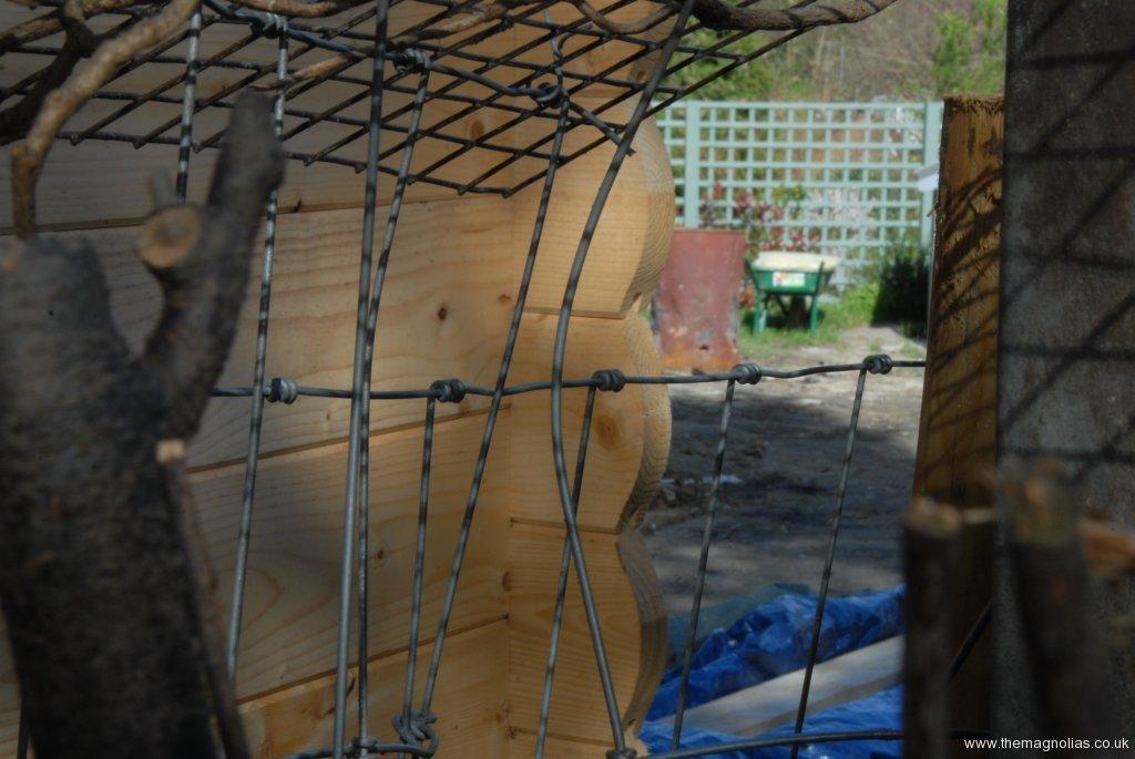 Bent badger fencing